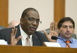Sen. Royce West, D-Dallas, grills CPRIT officials in the Senate Finance Committee on Feb. 5, 2013.