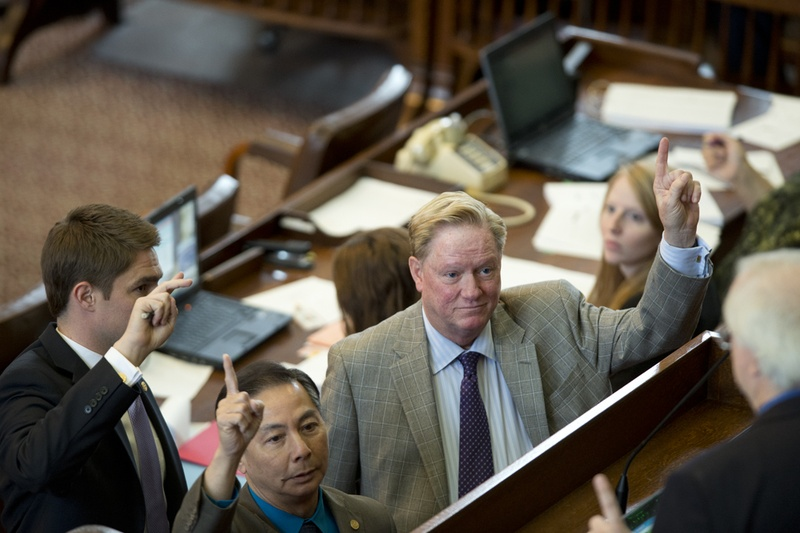 State Rep. Hubert Vo, l, D-Alief, and Chairman state Rep. Jim Pitts, R-Waxahachie, vote to table an amendment to SB 1 on April 4, 2013.