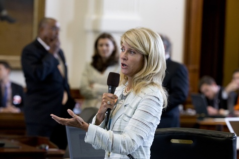 Sen. Wendy Davis, D-Fort Worth, debates Sen. Bob Deuell, R-Greenville, about halfway through a filibuster of SB 5 on June 25, 2013.