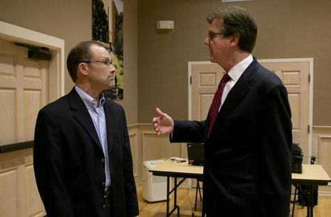 Sen. Dan Patrick speaks with Thomas Ratliff before a debate on CSCOPE at UT Tyler on August 24th, 2013