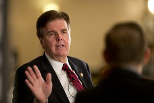 Texas Sen. Dan Patrick, R-Houston, speaks with editor Evan Smith at TribLive on September 19, 2013.