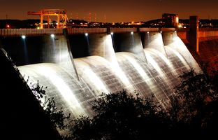 Texas' aging water infrastructure has raised safety concerns throughout the state, and a lack of mechanisms in place to prevent development downstream of dams has hastened the search for solutions.