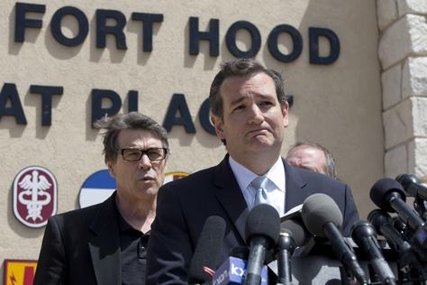 U.S. Sen Ted Cruz and Gov. Rick Perry at Fort Hood on April 4, 2014.