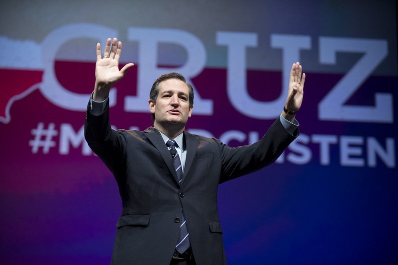 U.S. Sen. Ted Cruz of Texas thanks Republican delegates in Fort Worth on June 6, 2014.
