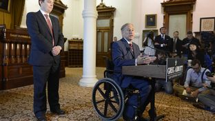 Texas Governor-Elect Greg Abbott introduces Daniel Hodge as interim chief of staff who will oversee the transition team from a Perry administration to an Abbott shop.
