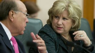 "Senate Finance Committee Chairwoman Jane Nelson, R-Flower Mound, confers with Sen. Juan ""Chuy"" Hinojosa, D-McAllen, during a March 11, 2015, committee hearing on state contracting issues."