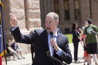 Michael Quinn Sullivan at the Texas Tax Day Tea Party Rally at the Texas Capitol on April 15th, 2015