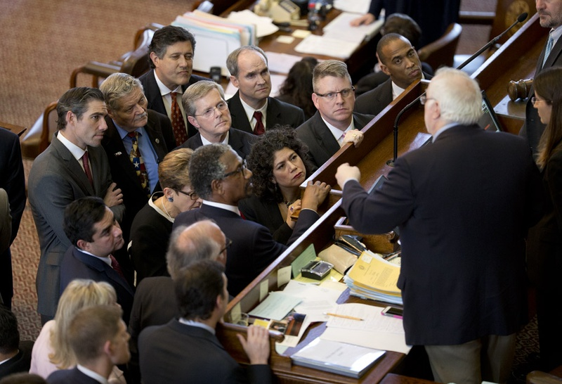 House members listen to Parliamentarian Chris Griesel rule on amendments to HB910 open carry bill on May 27, 2015.