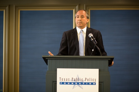 Attorney General Ken Paxton delivers an opening luncheon keynote at the Texas Public Policy Foundation At The Crossroads Energy and Climate Policy Summit on Nov. 19, 2015.
