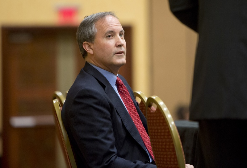 Texas Attorney General Ken Paxton at an open government conference in San Marcos on Dec. 9, 2015.