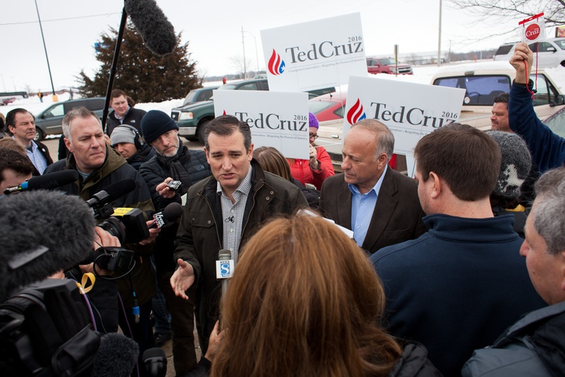 U.S. Sen. Ted Cruz speaks to members of the press before a campaign speech at Kings Christian Bookstore in Boone, Iowa, on Jan. 4, 2016. Cruz kicked off a six-day, 28-county bus tour across Iowa in a push to reach out to voters before the state's first-in-the-nation caucus on Feb. 1.