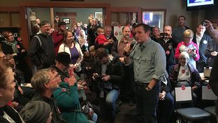 Presidential candidate Ted Cruz stumps in Pocahontas, Iowa during a pre-caucus tour on Jan. 7, 2016.
