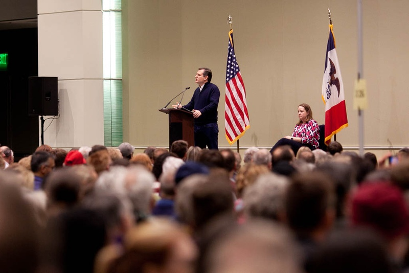 Sen. Ted Cruz speaks at a Republican caucus held at the DoubleTree in downtown Cedar Rapids, Iowa on February 1, 2016.