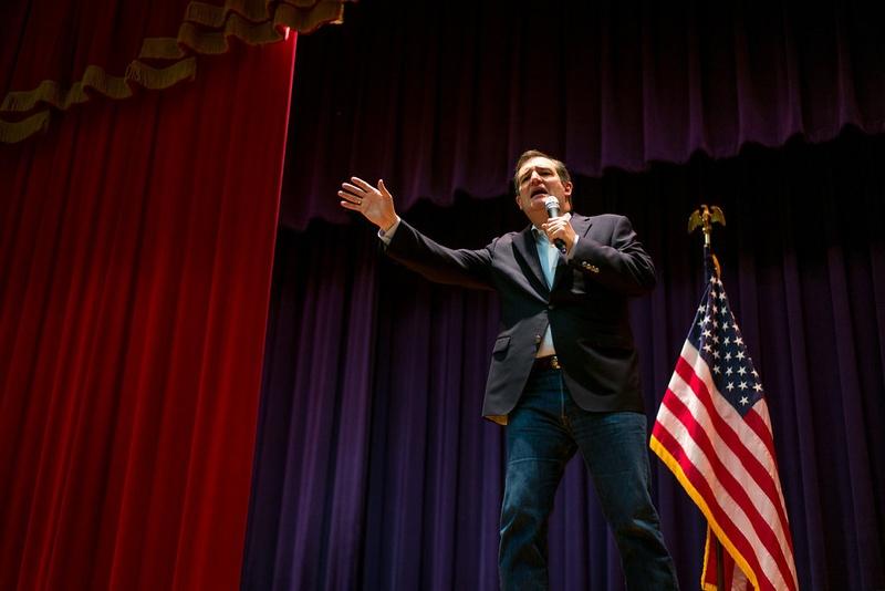Ted Cruz campaigns in San Antonio a day ahead of Super Tuesday, Feb 29, 2016.