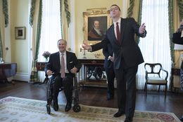 Texas Education Agency chief Mike Morath, r, with Gov. Greg Abbott announce an Education Superhighway partnership on Mar. 10, 2016.