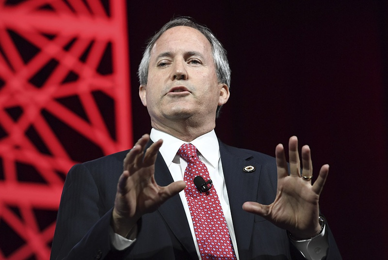 Texas Attorney General Ken Paxton testifies how his faith is getting him through his recent legal woes during a speech to a gathering at the Republican Party of Texas gathering in Dallas May 14, 2016.