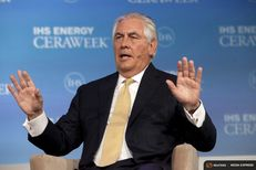 ExxonMobil Chairman and CEO Rex Tillerson speaks during the IHS CERAWeek 2015 energy conference in Houston, Texas April 21, 2015.