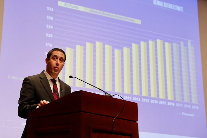 Ahead of the start of the 85th Legislature, state Comptroller Glenn Hegar offers lawmakers the revenue estimate for the biennial budget.