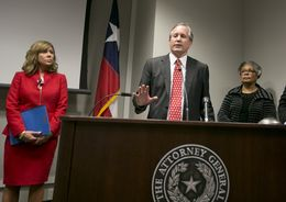AG Paxton is joined by Sen. Joan Huffman R-Houston and Rep. Senfronia Thompson D-Houston at a press conference to recognize January as Human Trafficking Awareness Month on January 12, 2017.