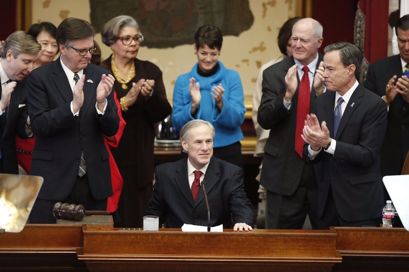 Gov. Greg Abbott prepares to deliver his State of the State address, flanked by (l.-r.) Lt. Gov. Dan Patrick, state Rep. Senfronia Thompson, D-Houston, state Sens. Donna Campbell, R-San Antonio, and Kel Seliger, R-Amarillo, and House Speaker Joe Straus.