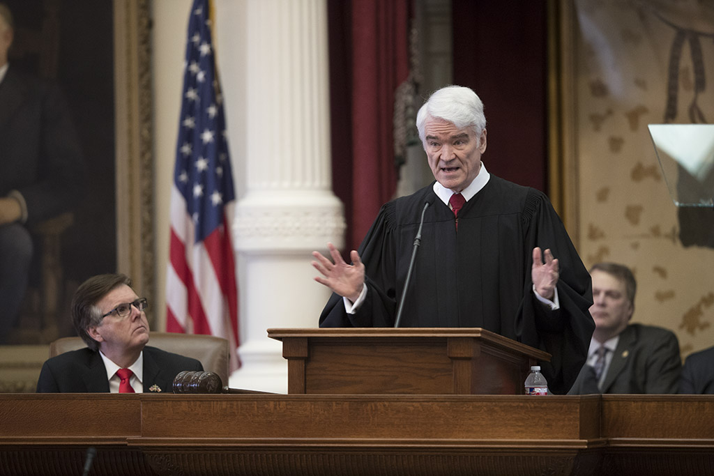 Supreme Court Justice Nathan Hecht gives the State of the Judiciary speech to a joint session of the Texas Legislature on Feb. 1, 2017.