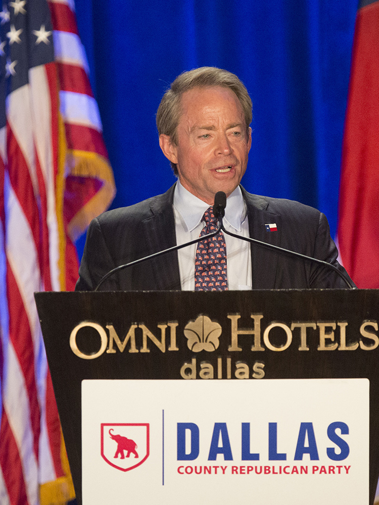 Phillip Huffines, Chairman of the Dallas County Republican Party, speaks at the organization's Reagan Day Dinner on March 11, 2017.