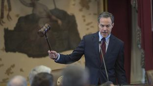 Speaker Joe Straus, R-San Antonio, wields the gavel during the House session on April 5, 2017.  The House is conducting business in advance of tomorrow's anticipated marathon budget debate.