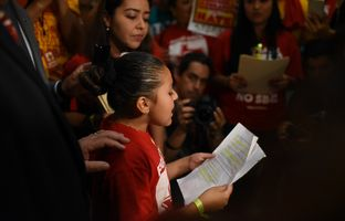 "9-year-old Wendy gives a speech protesting Senate Bill 4, the ""sanctuary cities"" bill, on May 29, 2017."