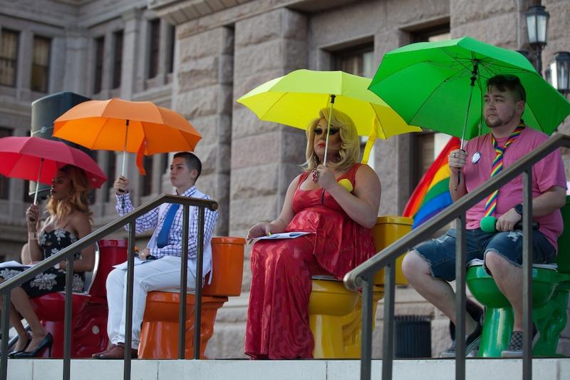 At the Texas Capitol, bathroom bill debate revs back up – Texas Tribune