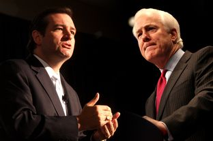 U.S. Sens. Ted Cruz (l) and John Cornyn