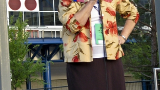 Debra Medina addressing Ron Paul supporters