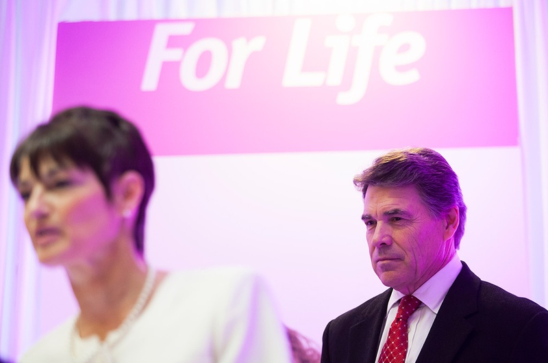 Rick Perry and state Sen.-elect Donna Campbell at a press conference announcing the governor's support for Texas Right to Life's Preborn Pain Bill in Houston on Dec. 11, 2012.