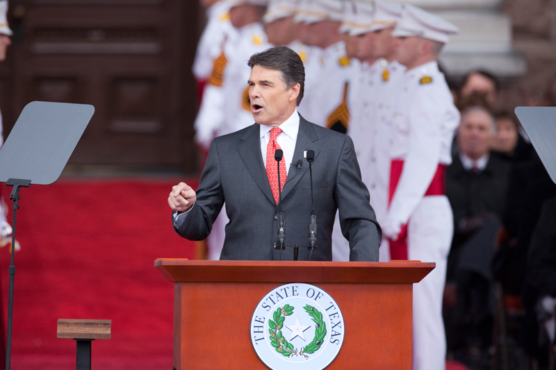 Gov. Rick Perry gives a speech at the 2011 inauguration.