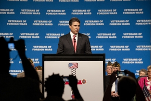 Gov. Rick Perry speaking at the VFW annual convention in San Antonio on Aug. 29, 2011.