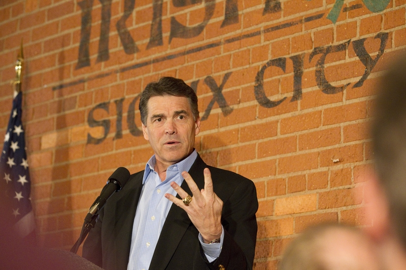 Gov. Rick Perry delivering his stump speech during an early morning campaign stop in Sioux City, Iowa, on Oct. 8, 2011.