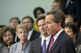 House Speaker Joe Straus (r) greets Republican members at a press conference after the chamber adjourned sine die on May 30, 2011. Kelly Hancock is in the purple tie to Straus' right.