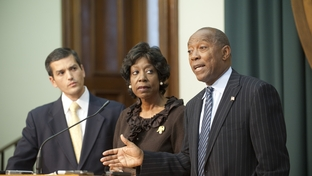Representatives Mike Villarreal (l), D-San Antonio, Ruth Jones McClendon (c), D-San Antonio, and Sylvester Turner, D-Houston, criticize Republican Senators and Gov. Rick Perry for an inadequate effort on April 28, 2011.