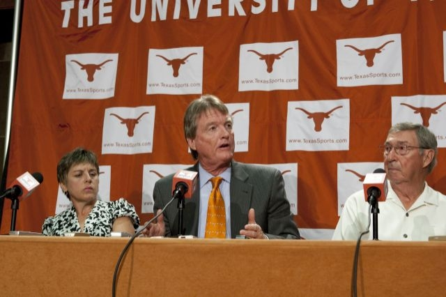 University of Texas President Bill Powers announces UT's commitment to the Big 12 Conference.