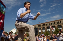 Gov. Rick Perry campaigns at the Iowa State Fair two days after entering the presidential race.