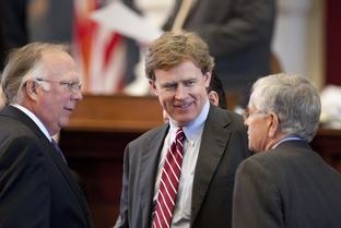 Rep. Dan Branch R-Dallas, speaks with Rep. Todd Hunter R-Corpus Christi and Rep. Tom Craddick R-Midland on House floor during budget debate April 1st, 2011