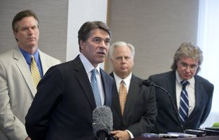 Gov. Rick Perry called on state lawmakers on Monday to find $1.6 billion to give Texas businesses relief from the state's franchise tax.