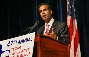 George P. Bush, Republican candidate for Texas Land Commissioner, told a crowd at the Texas Legislative Conference in New Braunfels on Friday that he's interested in education issues, in cutting regulations and taxes, and in helping the 1.7 million veterans expected to live in or return to the state over the next few years.