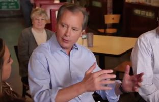 A new web video from Lt. Gov. David Dewhurst's re-election campaign touts the incumbent's experience, saying voters should trust his record of leadership in office. Dewhurst faces state Sen. Dan Patrick in a May Republican primary runoff.