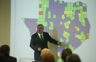 AAt our 2/27 symposium on demographic change at the University of Texas at El Paso, former state demographer and U.S. Census Bureau directdor Steve Murdock discussed how population shifts will affect public policy.