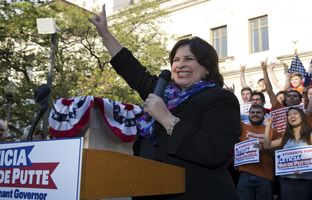 Here's full video of Democratic lieutenant governor candidate Leticia Van De Putte's rally Monday at the University of Texas at Austin, as she wrapped up a statewide bus tour.